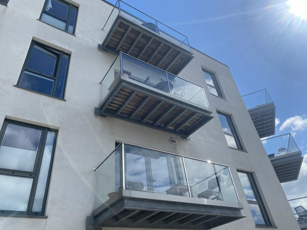 steel balcony Steel and glass fabrication